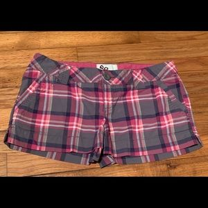 So brand pink, purple and white plaid shorts sz 9